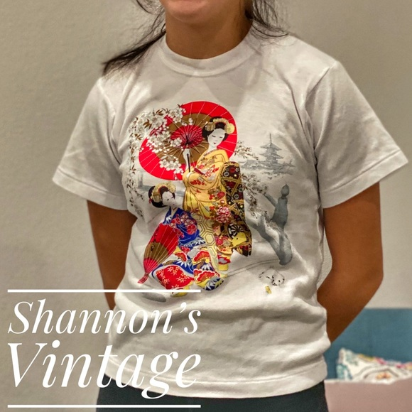 Japanese Painting graphic shirt Made in Japan A34